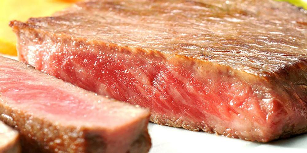 フライパンでおいしいステーキの焼き方